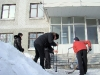 Субботник возле администрации, мэр Максим Федоров
