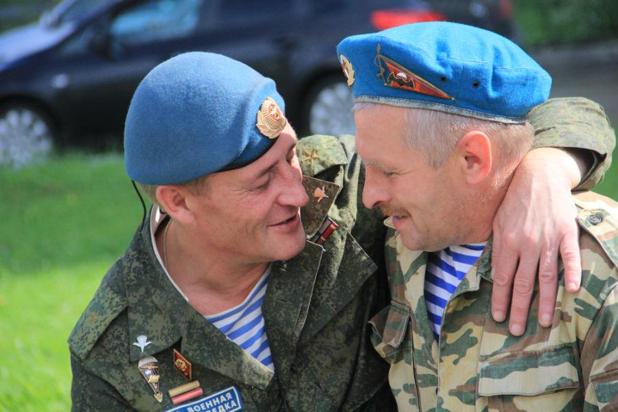 Первоуральские десантники отпраздновали День ВДВ. Фото Городские вести