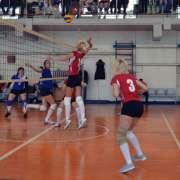 sbornaya-veteranov-protiv-komandy-snegurochki-match-za-i-mesto